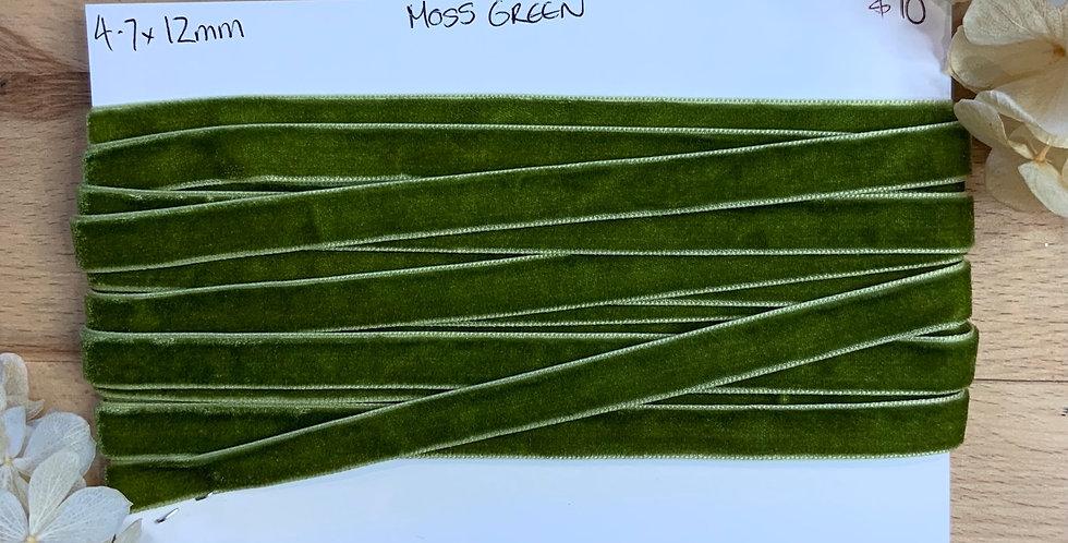 4.7mtrs x Moss Green 12mm Velvet Ribbon