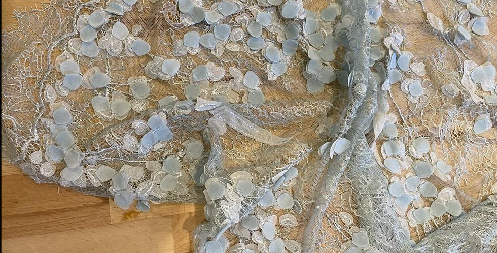 Sea foam 3D petal lace piece 27