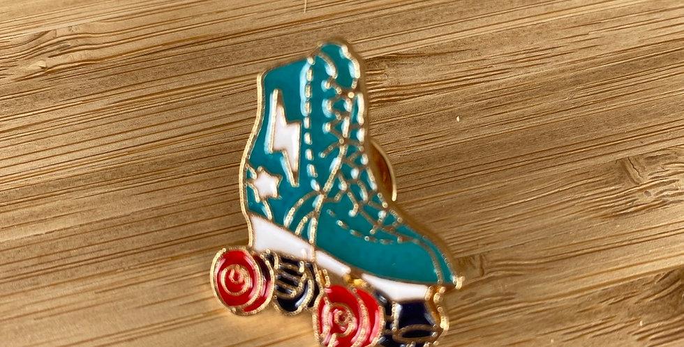 retro roller skate enamel pin