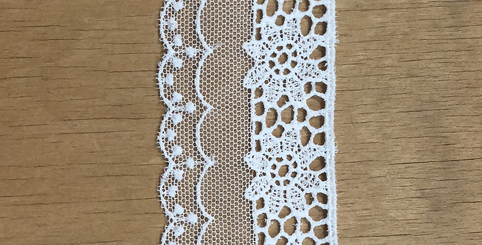Daisy Scallop Lace Trim