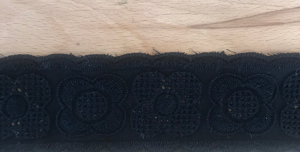 Millah embroidered lace trim