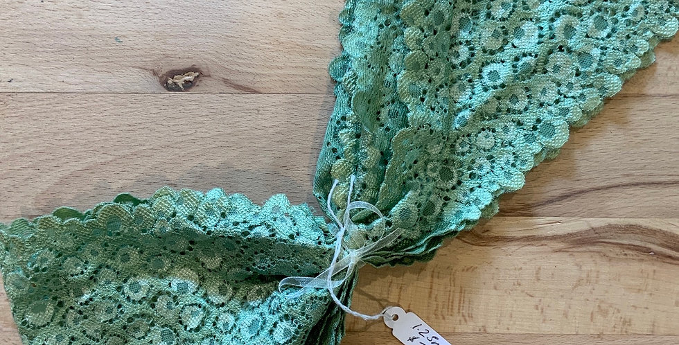 Wide Hand Dyed Stretch Lace Remnant