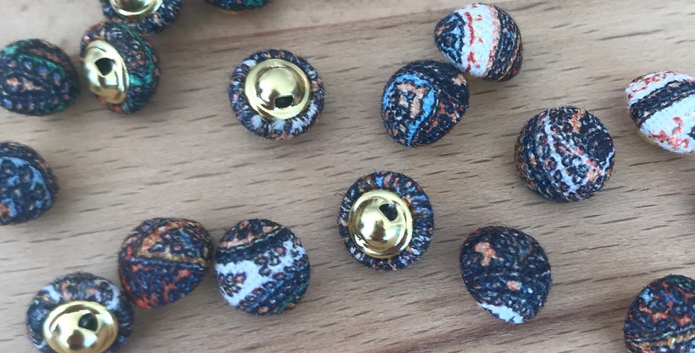 Boho linen covered buttons