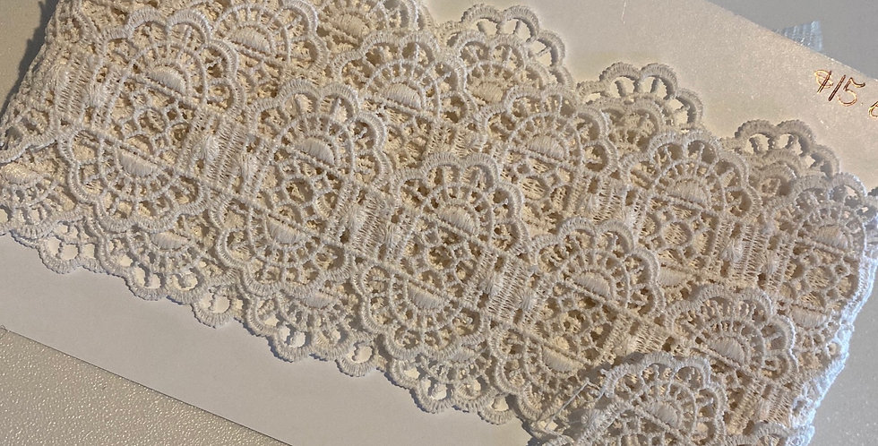 Ivory Lace Trim Remnant