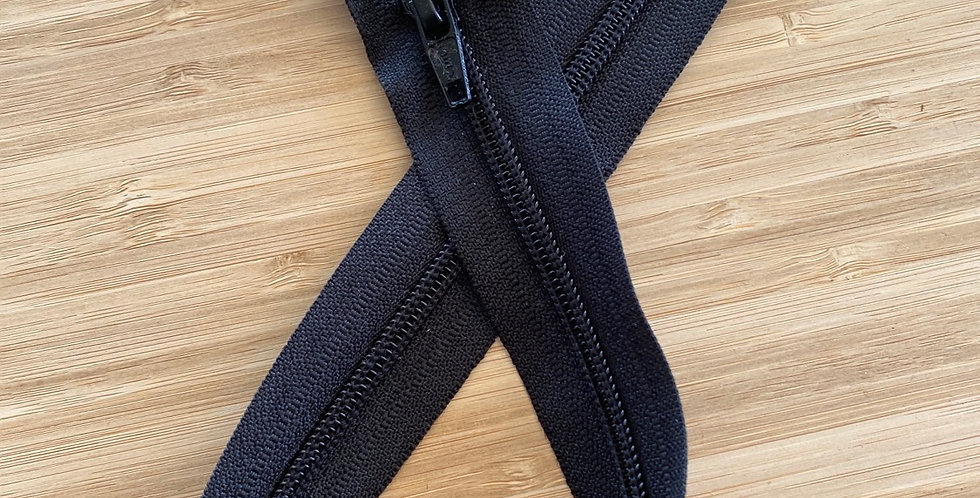 45cm black open end zip