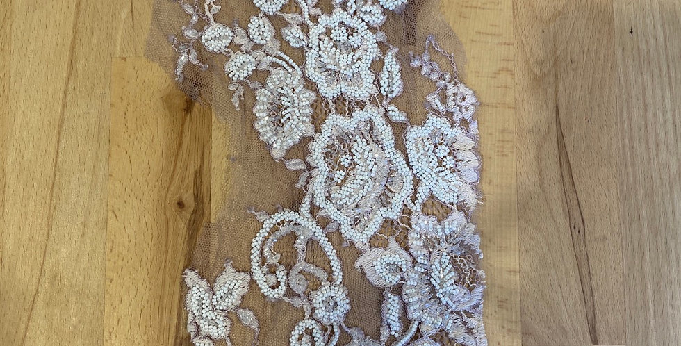 dusty mauve beaded lace piece #6013