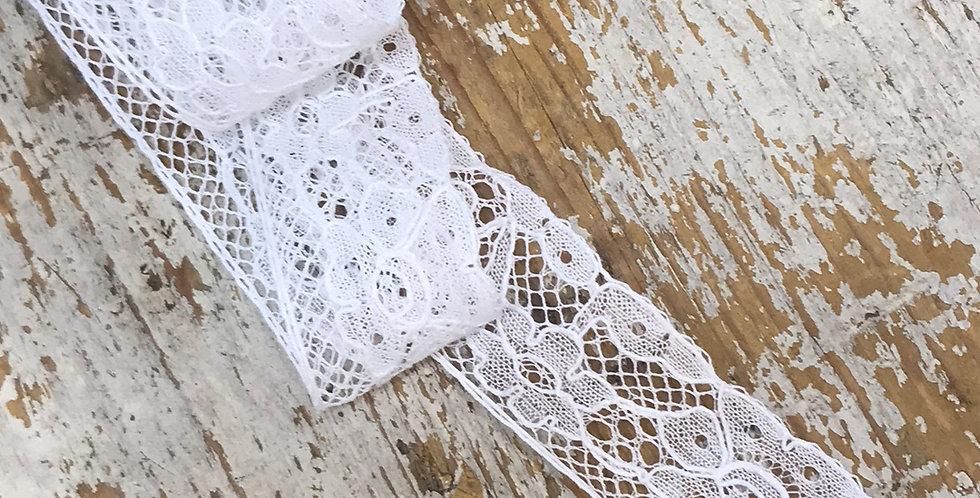 Florence vintage lace trim