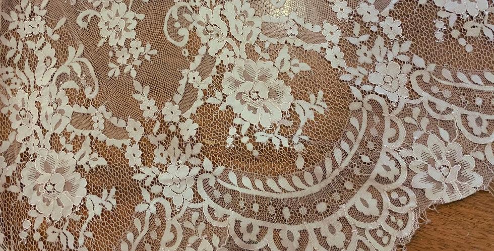 Mocha Hand Dyed Lace Off Cut #5014