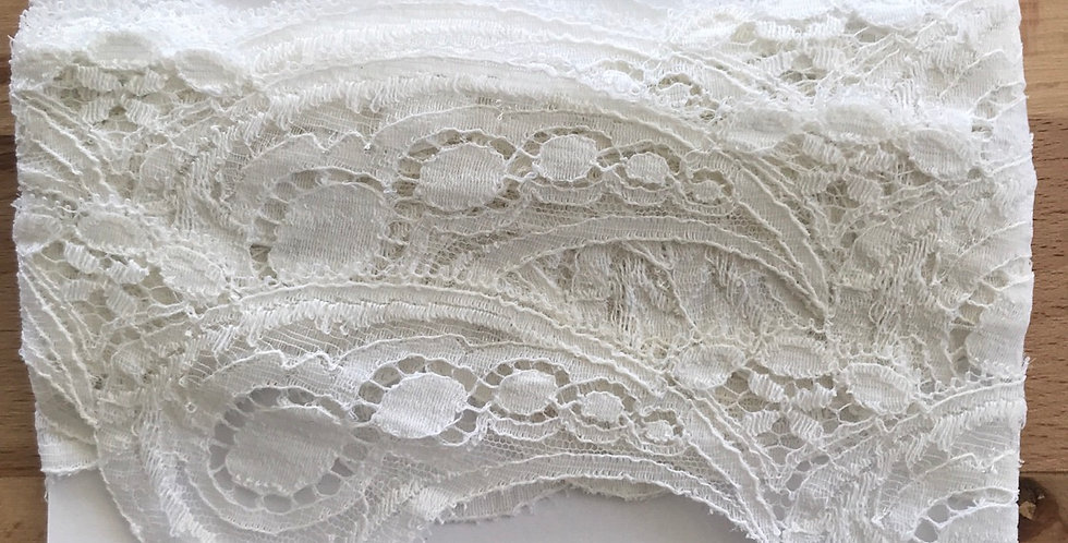 Vintage English lace remnant