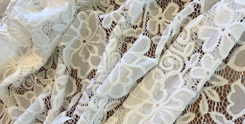 Connie Ivory Scallop Stretch Lace...