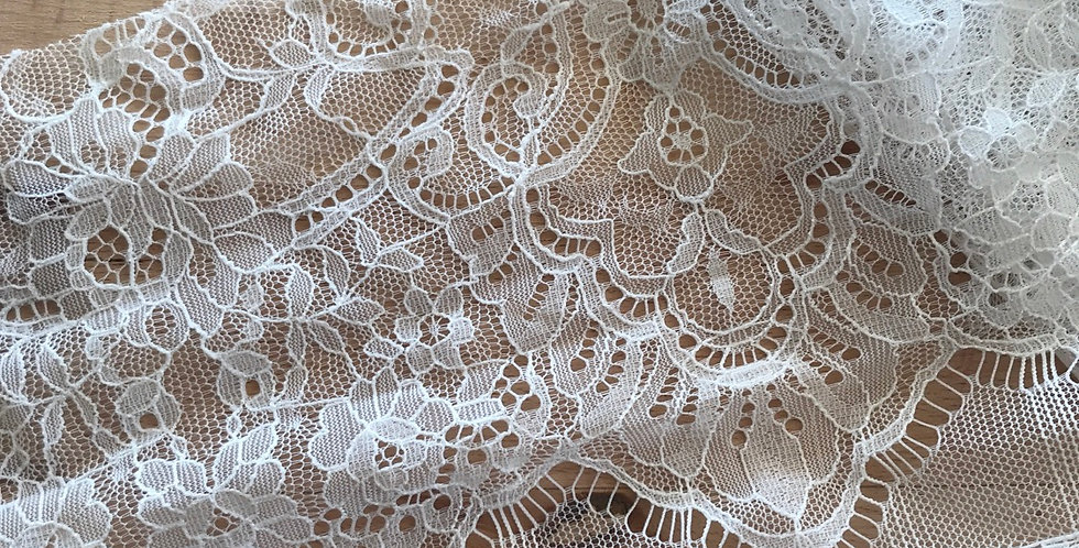 Cut lace piece 5