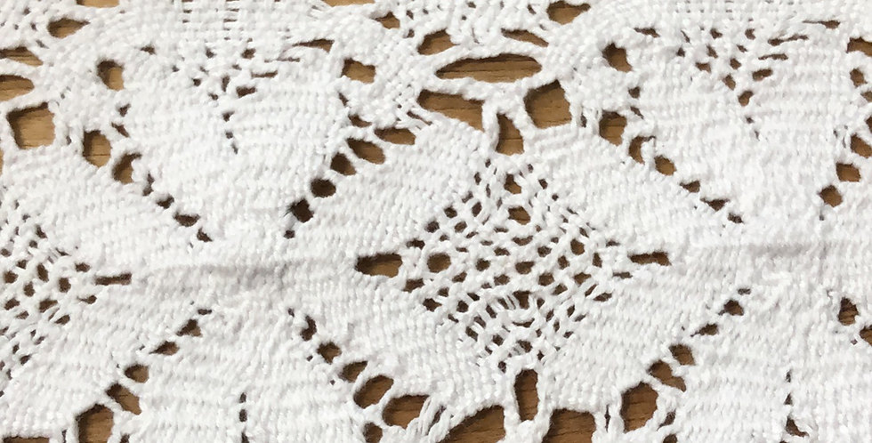 Maya crochet lace trim