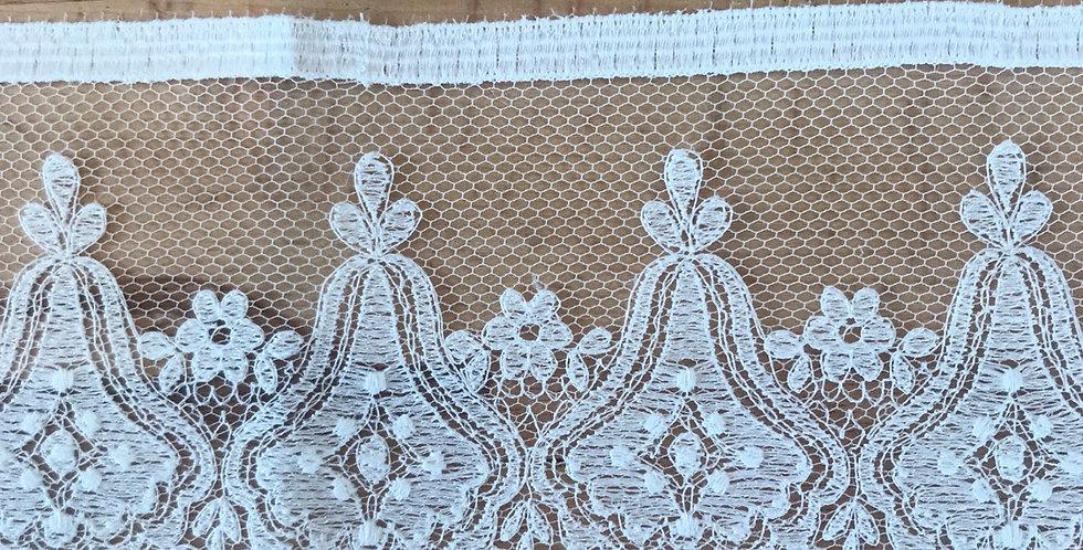 Iris Swiss lace