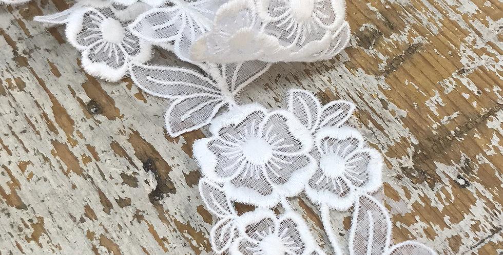 Eleta vintage lace