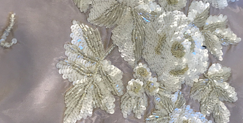 Mocha fleur sequin motif medium