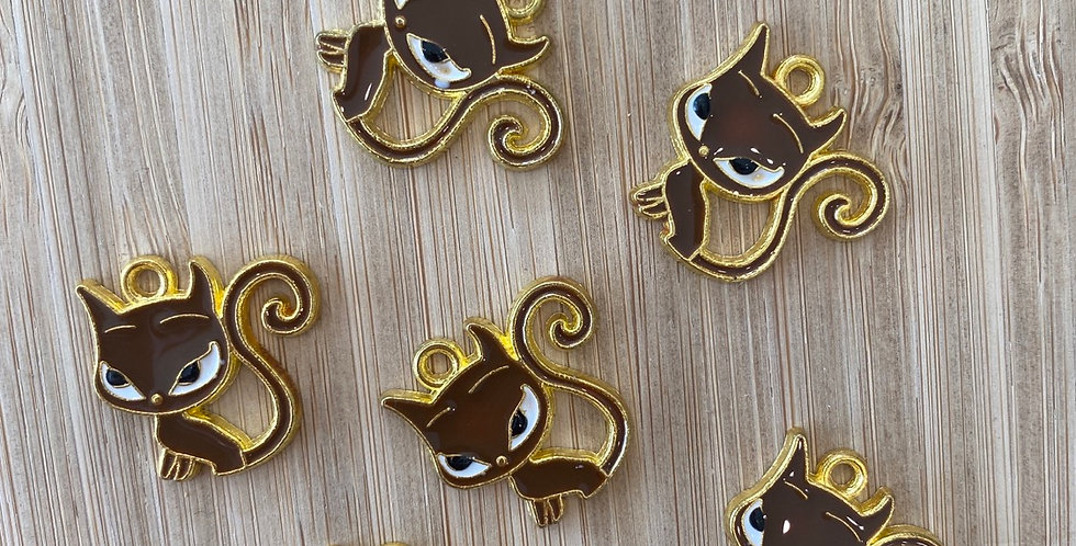 Sly cat charm brown