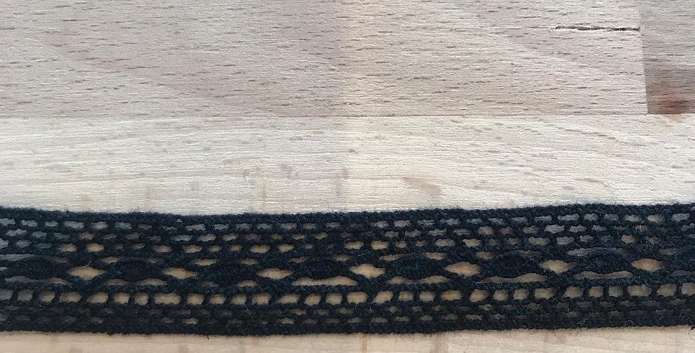 Coco crochet trim