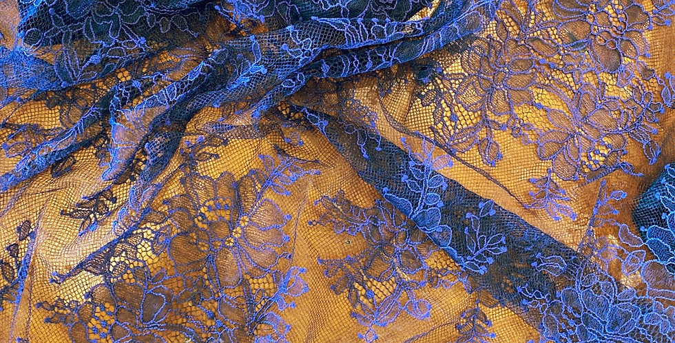 Navy fine lace remnant