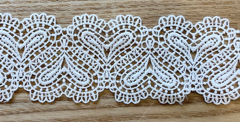 Linked Hearts Trim White Small...