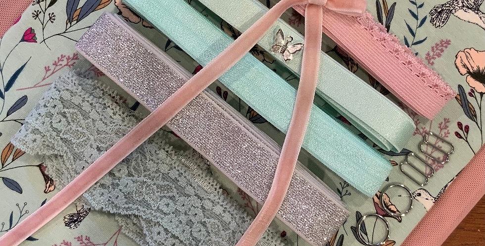 Art Gallery Fabrics Magic Fauna Waterfall Oeko-Tex Lingerie Kit...