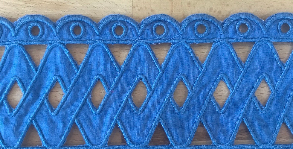 Wedgewood embroidered lace trim