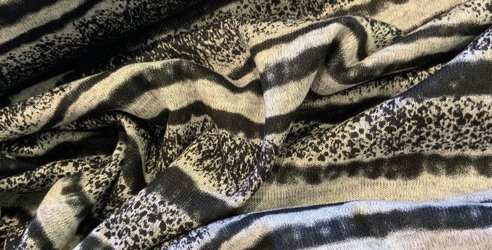 Blurred Lines Lightweight Jumper Knit Remnant