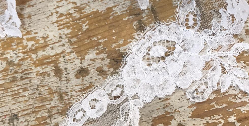 Juliette vintage lace