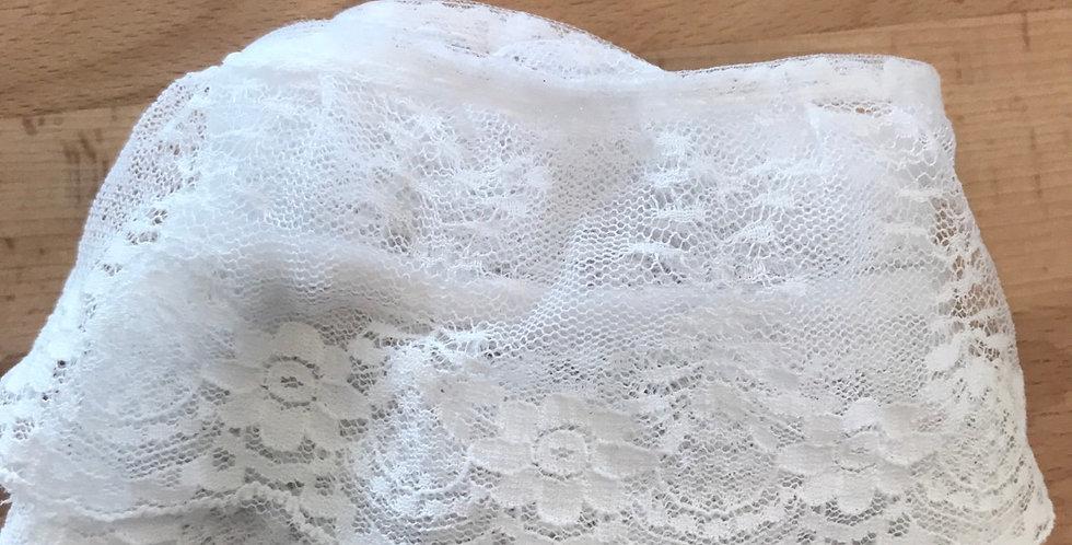 Nylon ruffle lace remnant