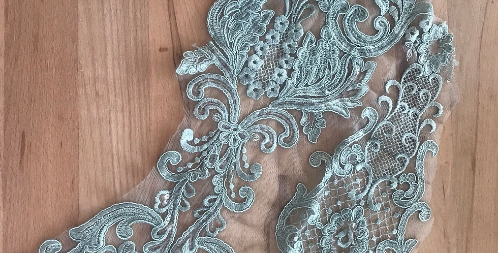 Sea foam lace piece #1