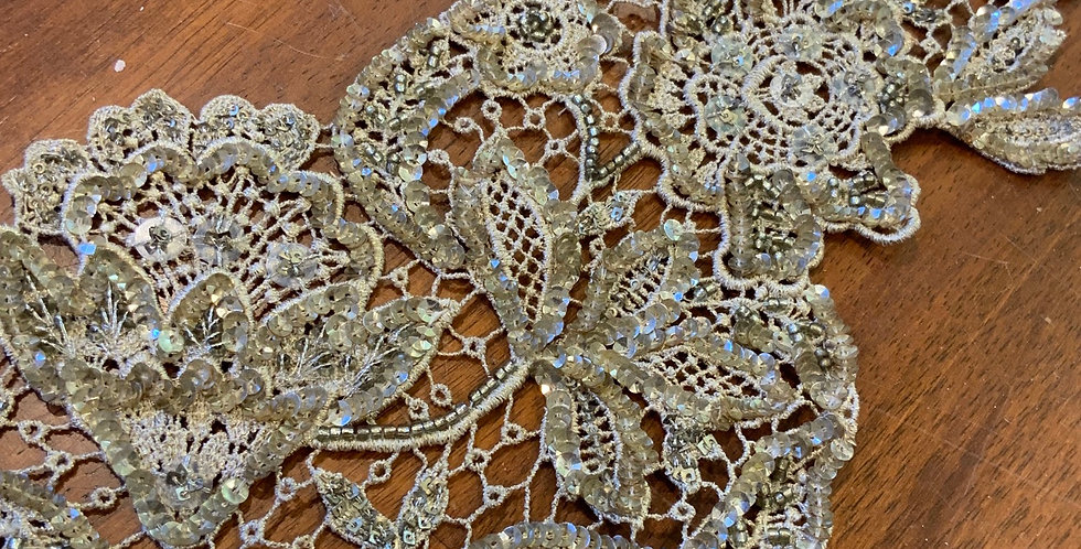 Old Gold and Bronze Lace Belt Piece #802