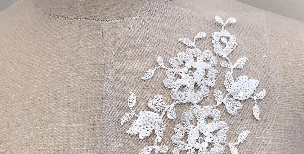 Harper lace motif