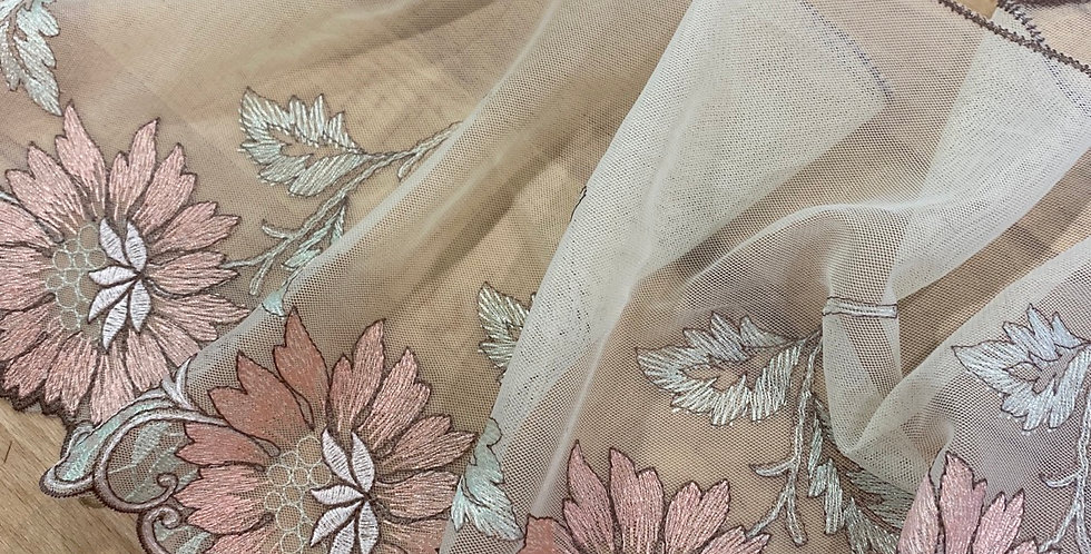 lilith embroidered trim