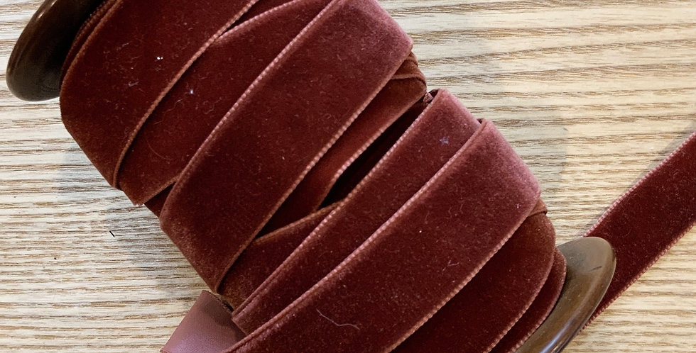 Rust 22mm Velvet Ribbon