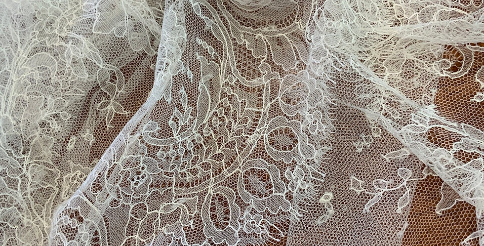 Marion French Silk Chantilly Lace Piece...