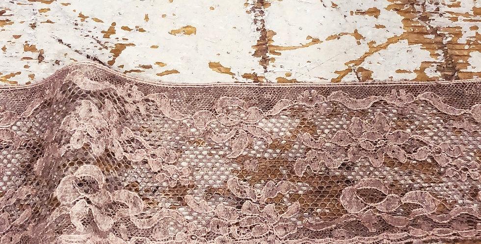 Bowen fine vintage lace trim
