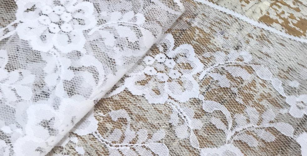 Camilla vintage lace