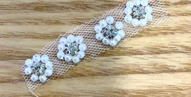 Mini Diamonte Pearl Flowers X 4 Motif...