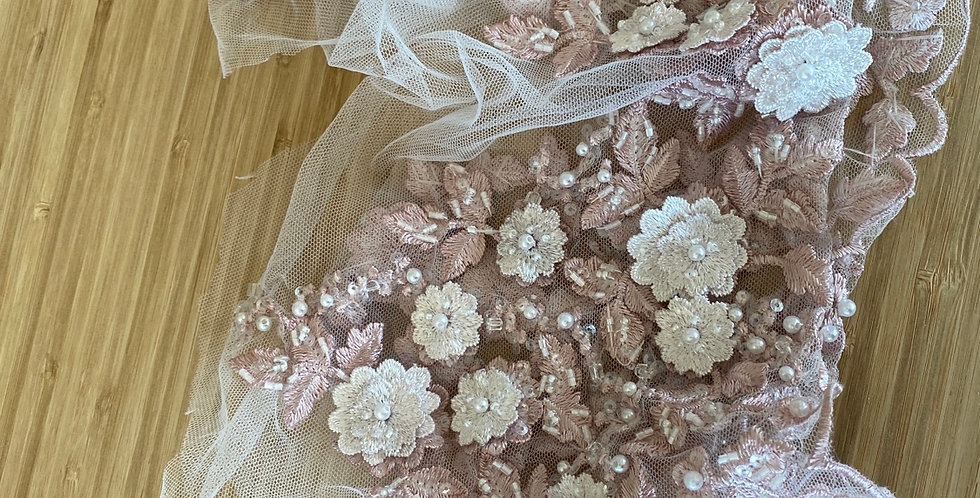 Dusty pink 3D beaded border lace piece 2