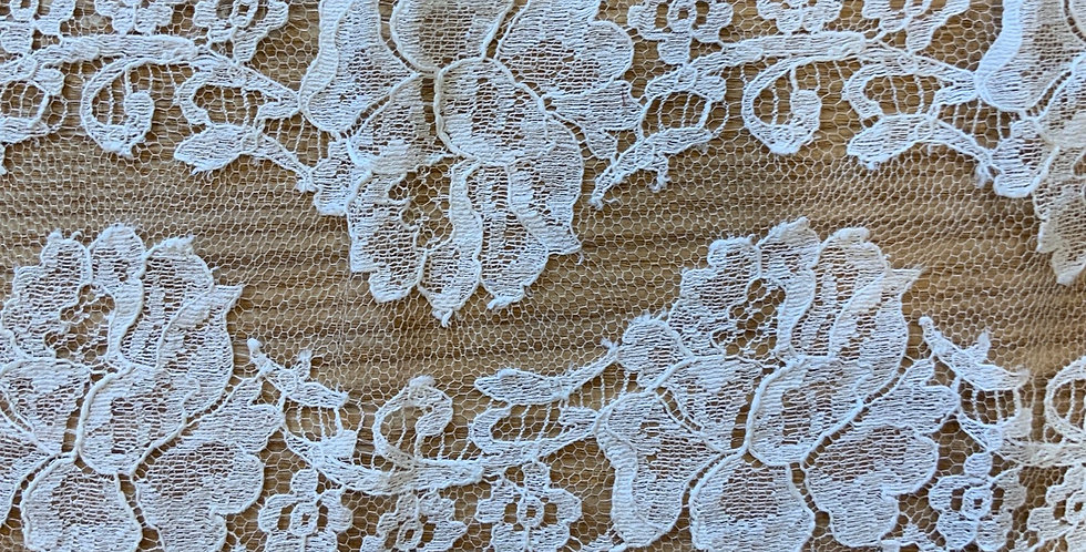 Ivory French Chantilly Lace ...