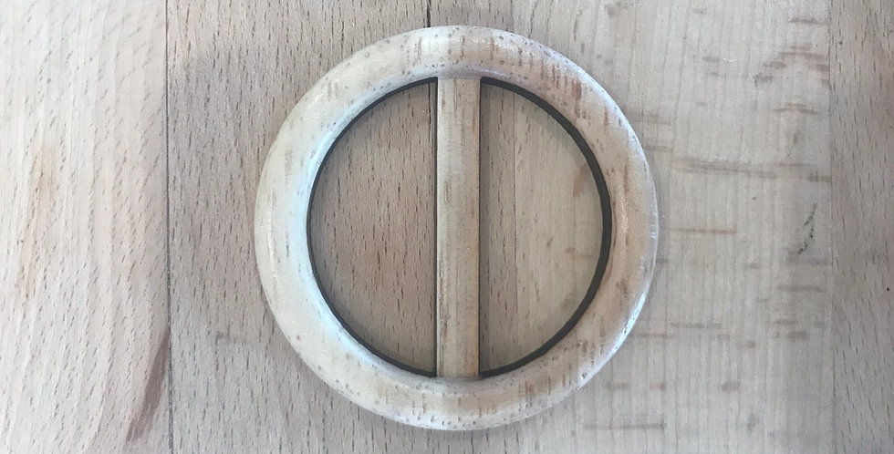 Small timber belt buckle