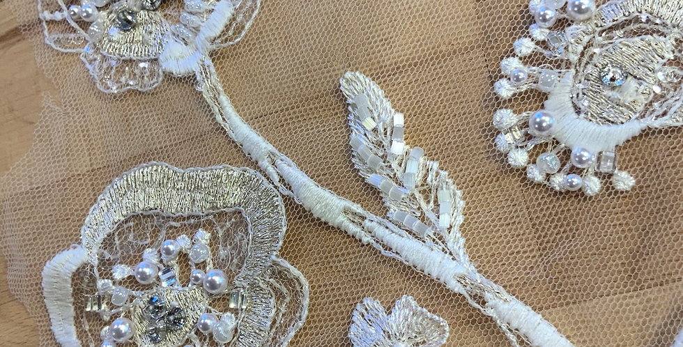 Ivory Hand Beaded Lace Off Cut #9017