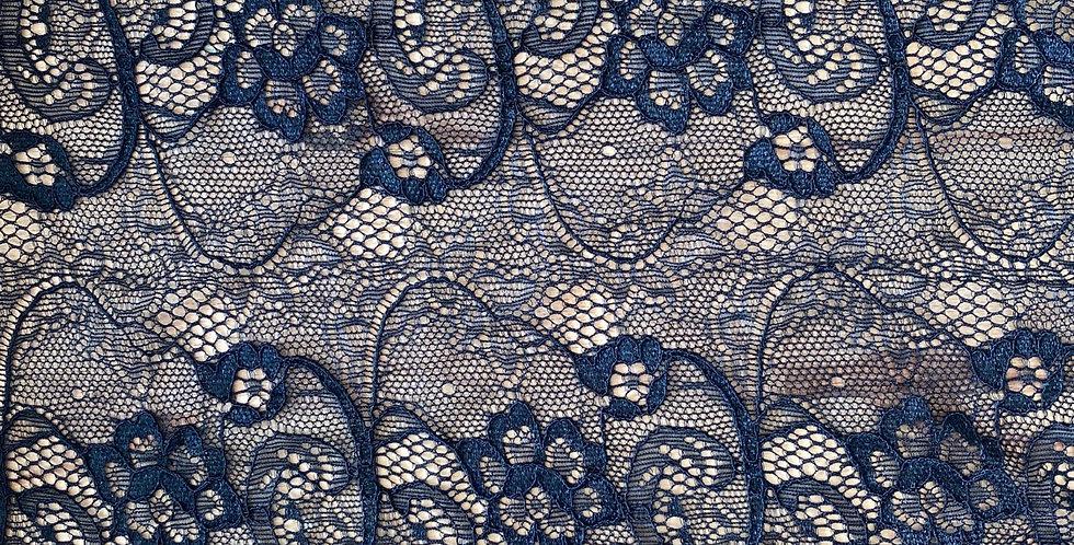 Piper stretch lace