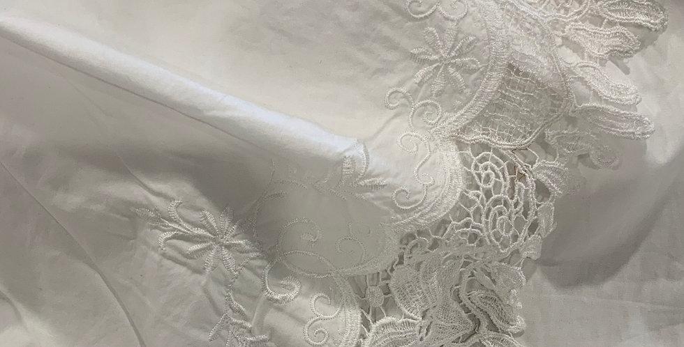 Byron White Lace Border Cotton...