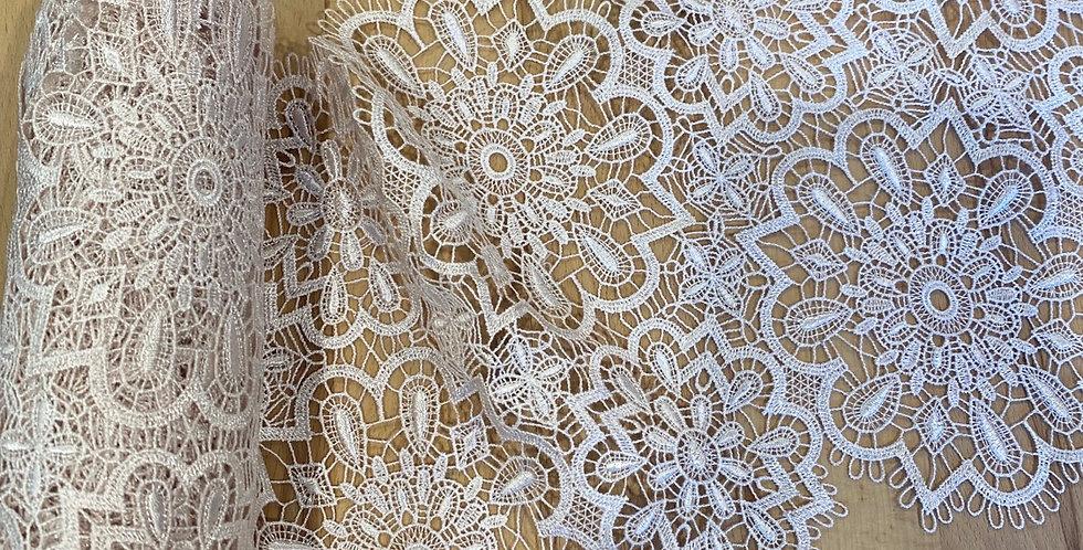 3 metres hand dyed mocha snowflake lace