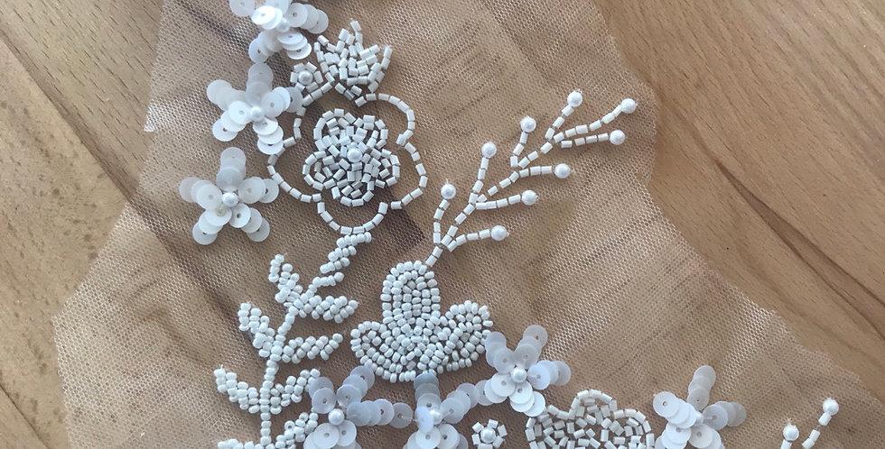 Ivory lace piece #106