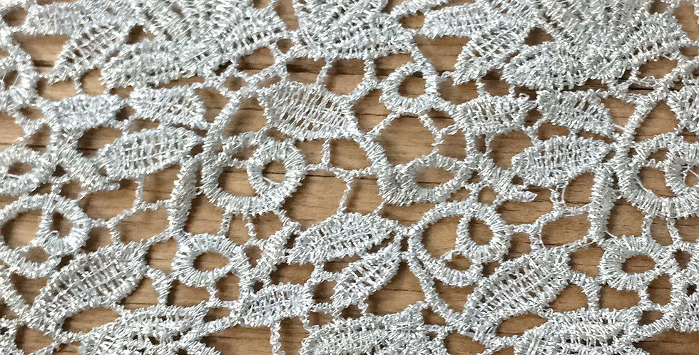 Holly metallic champagne lace trim