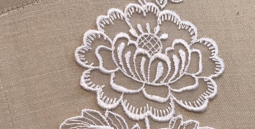 Vintage Penelope motif