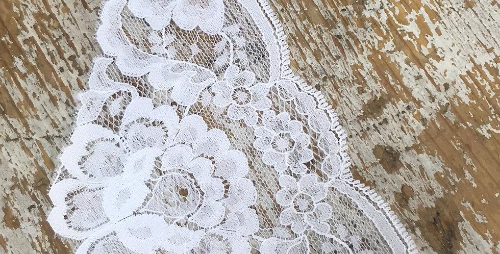 Vienna vintage lace trim