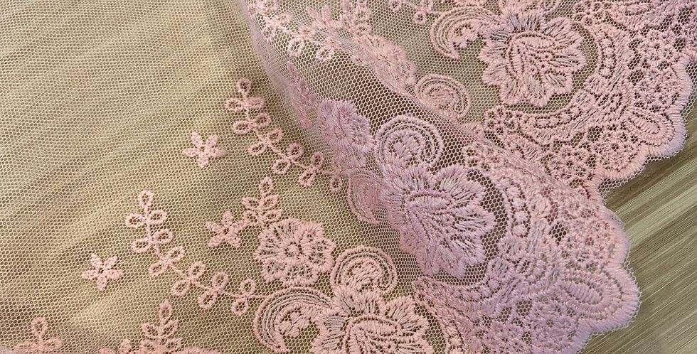 Joan embroidered mesh pink