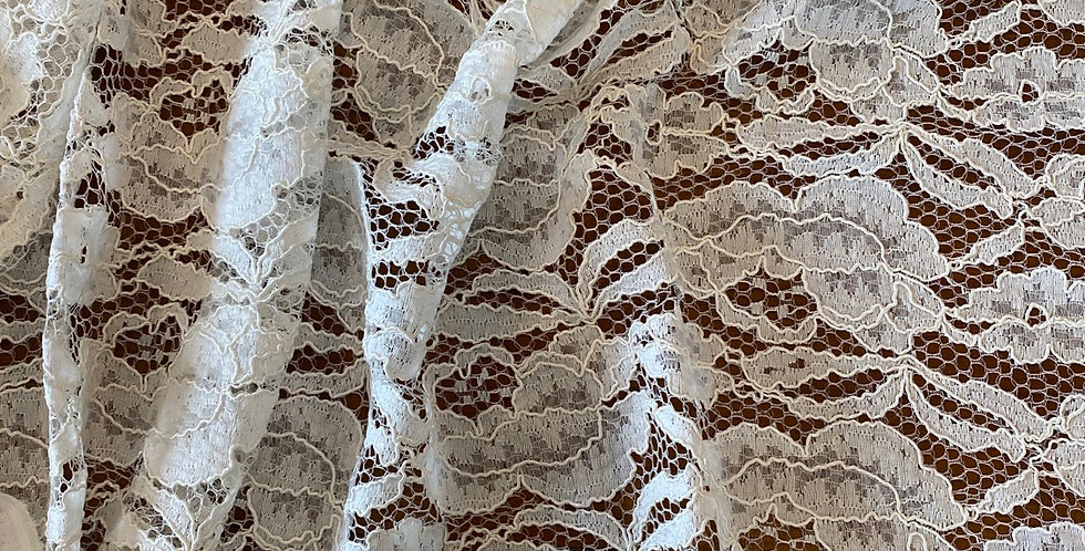 Ivory corded lace remnant